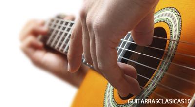 como comprar una guitarra clasica